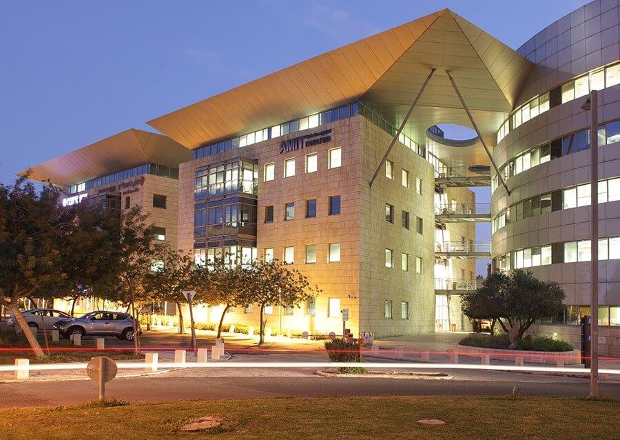 """תמ""""א 38- תיקון חוקה 4: מבנים מסחריים ומשרדים"""